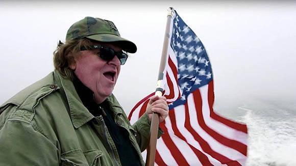 Los análisis del cineasta Michael Moore sobre las elecciones han sido muy certeros.