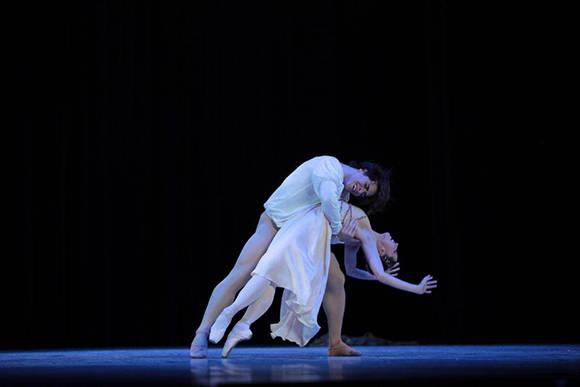 """""""Romeo y Julieta"""", María Ricetto y Gustavo Carvalho. Foto: Nancy Reyes/ BNC."""
