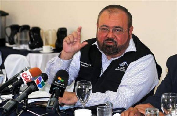 Roberto Rivas ofrece declaraciones a la prensa. Foto tomada de Qué.es.