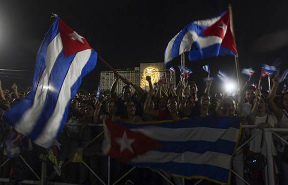 Tributo a Fidel en la Plaza de la Revolución. Foto: Ladyrene Pérez/ Cubadebate