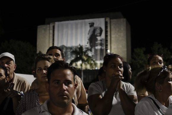 En la Plaza. Foto: Natacha Pisarenko/ AP