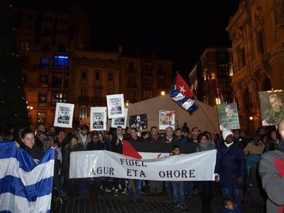 Multitudinario acto en Bilbao en honor a Fidel.