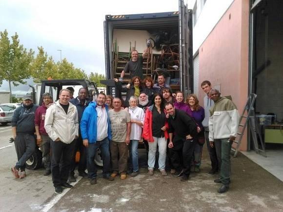 Grupos de solidaridad, Medicuba y Ernesto Guevara, envían ayuda a Baracoa y escuela santiaguera. Foto: Facebook de Eugenio Martínez.