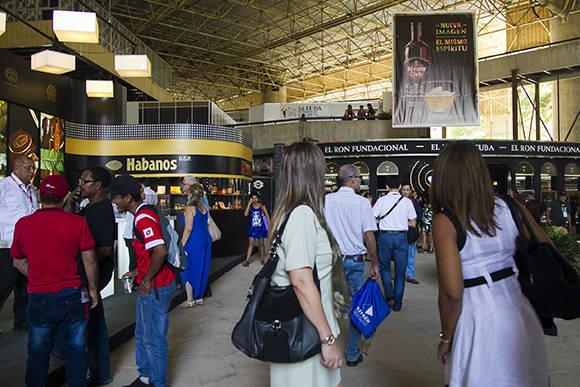 Feria de Negocios en Cuba reúne a más de 350 expositores de diversos sectores