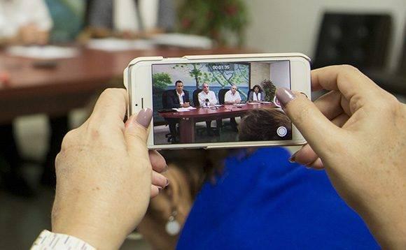 Autoridades cubanas anuncian reinicio de vuelos regulares desde Estados Unidos a La Habana, a partir del 28 de noviembre de 2016. Foto: Ismael Francisco/ Cubadebate