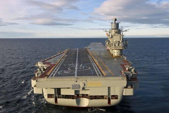 Portaaviones ruso Almirante Kuznetsov. Foto tomada de Taringa.