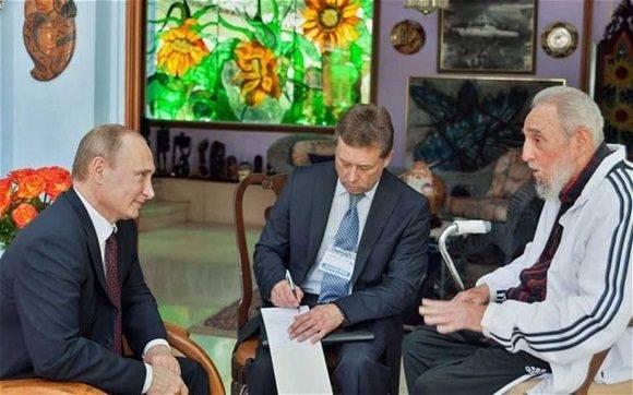 Vladimir Putin se reúne con Fidel.