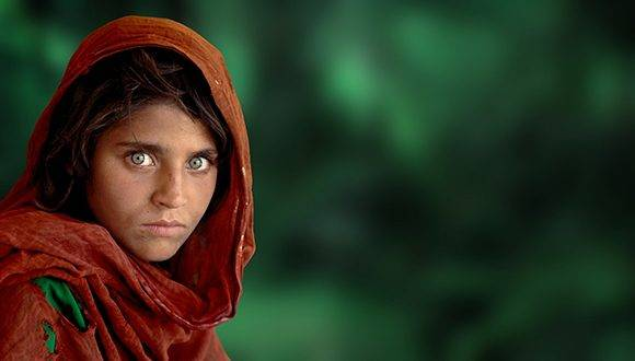 Sharbat Gula, vista por Steve McCurry.