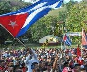 Alrededor de 5 mil pobladores de la provincia Granma participaron del acto. Foto: La Demajagua.