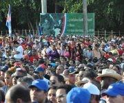 El pueblo en el acto de recordación del encuentro de Raúl y Fidel en Cinco Palmas. Foto: La Demajagua.