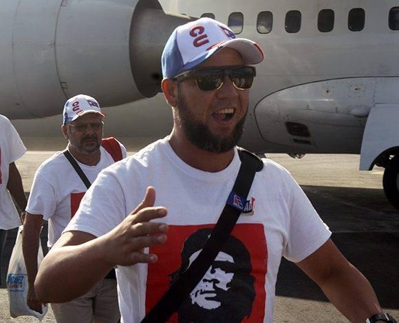 El primer saludo tras el regreso. Foto: José Raúl Concepción/ Cubadebate.