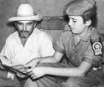 HISTORIA-ALFABETIZACION  REALIZADA:11/12/86 FUENTE:TRABAJADORES ORIGINALES:ALFA04 FOTOGRAFO: OBSERVACIONES:MATERIA/HISTORIA/CAMPAÑA DE ALFABETIZACION
