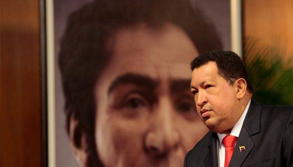 """Hugo Chávez inventa para Venezuela y América Latina lo que podríamos llamar una """"política de la liberación"""", dice Ramonet."""