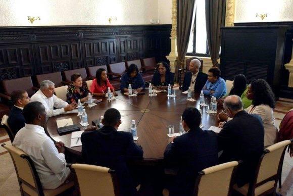 Congresistas del Black Caucus de EE.UU intercambian con la Comisión de Relaciones Internacionales de la Asambblea Nacional