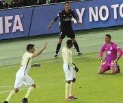 Polémica en el gol de Cristiano. El videoarbitraje ha sido una decepción en el Mundial de Clubes. Foto:  E. Hoshiko/ AP.