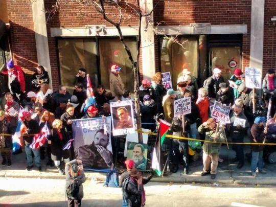 En Nueva York, frente a la Mision cubana en ONU