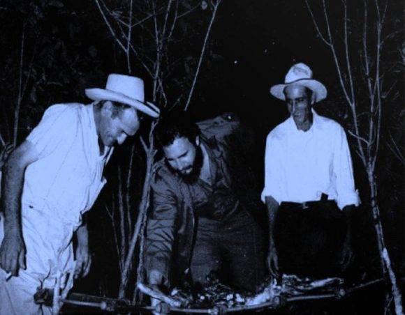 Fidel en la Cena Carbonera de Navidad.