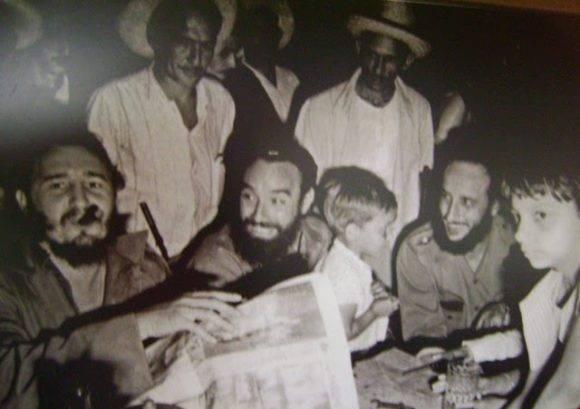 Fidel en la Cena de Navidad Carbonera. Foto: Raúl Corrales / Archivo de Cubadebate