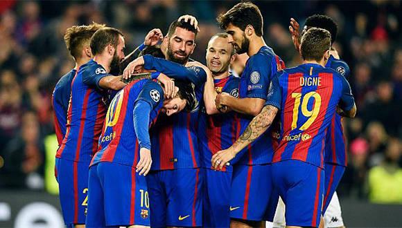 Arda Turan anotó tres tantos y Messi uno en la goleada sobre el Mönchengladbach. Foto: AFP.