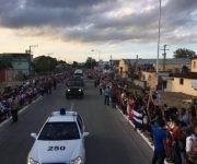 La caravana a su paso por Holguín. Foto: Ladyrene Pérez/ Cubadebate.
