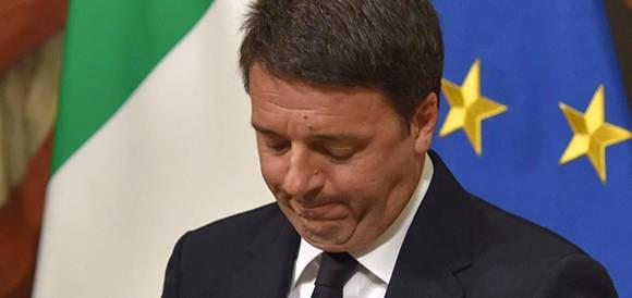 La dimisión del primer ministro tras el no a su propuesta de reforma constitucional no sólo agitó al mundo político sino que genera mucha incertidumbre. Foto: AFP.