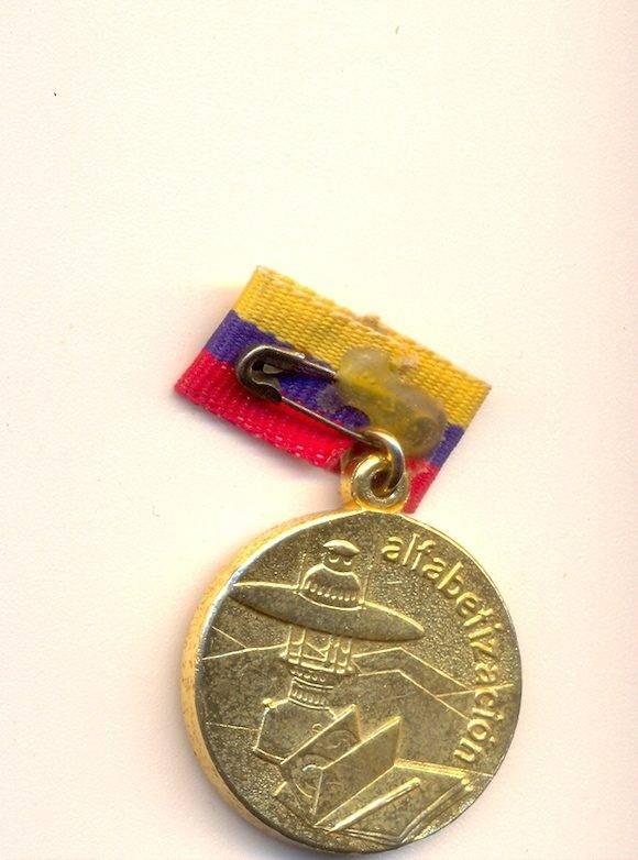 medalla-alfabetizadora-2