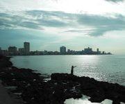 Pescando. Foto: Sergio Cruz Castillo, CIGB / Cubadebate