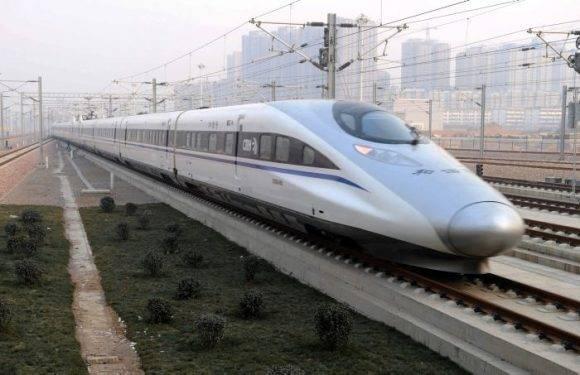 El miércoles, China comenzó a operar una nueva línea de ferrocarril de alta velocidad que une el centro financiero de Shanghai con Kunming. Foto tomada de El Universal.
