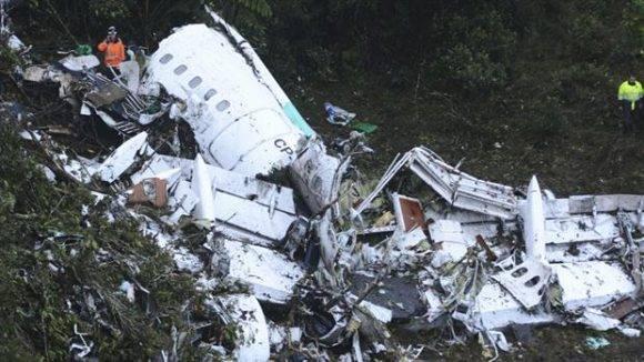 El desastre aérreo provocó la muerte de casi todo el equipo del Chapecoense. Foto tomada de La Nación.