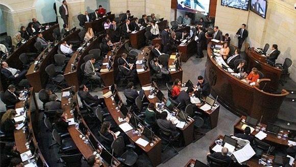 El Senado y la Cámara de Representantes debatirán el proyecto. | Foto: Prensa Senado.