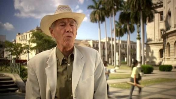 Fallece el narrador y ensayista Enrique Cirules.