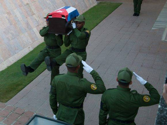 La escolta de Fidel. Foto: Fernando Medina/Cubahora
