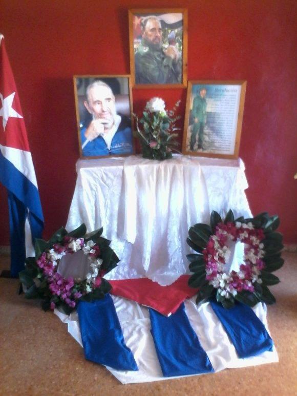 Facultad Ciencias Médicas Artemisa: Honor y Gloria Comandante