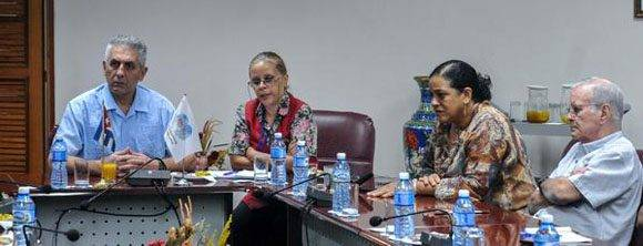 George Mavrikos (I), secretario general de la Federación Sindical Mundial (FSM), en conferencia  de prensa sobre los motivos de su visita a Cuba, efectuada en la Central de Trabajadores de Cuba (CTC), en la Habana, el 2 de diciembre de 2016.  ACN  FOTO/Ariel Cecilio LEMUS ALVAREZ DE LA CAMPA/sdl