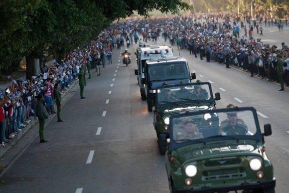 Caravana. Foto: Fernando Medina/ Cubahora