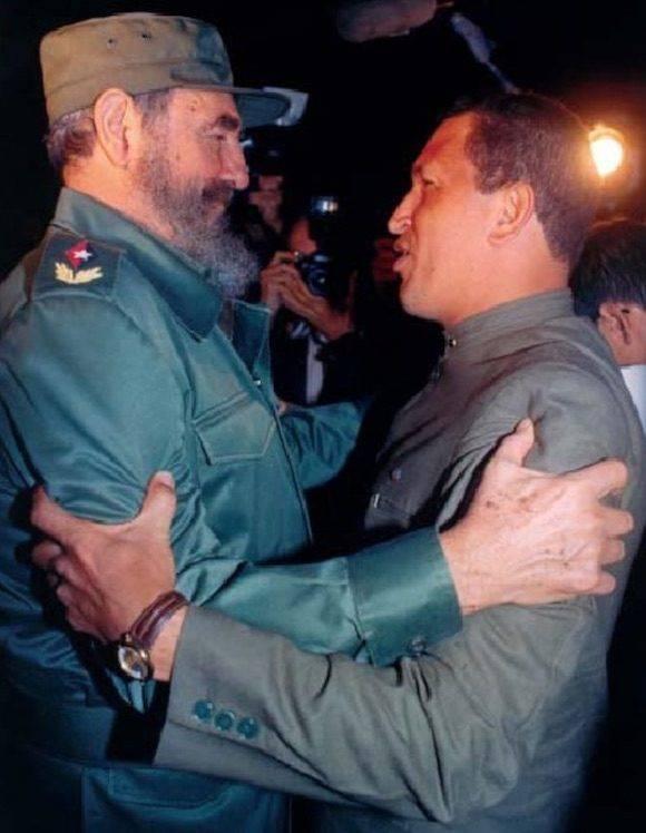 ○○ 221221221221221 El primer encuentro. Aeropuerto Internacional José Martí,La Habana, 13 de diciembre de 1994, a las 9:40 pm. Foto: El Encuentro