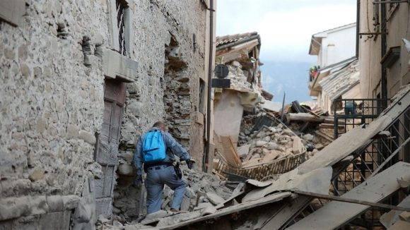Una de las localidades afectadas eçpor la actividad sísmica que ha tenido lugar en  Italia en las últiams semanas. Foto tomada de Taringa!.