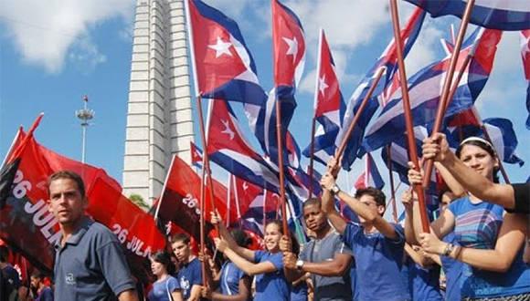 jovenes-cubanos