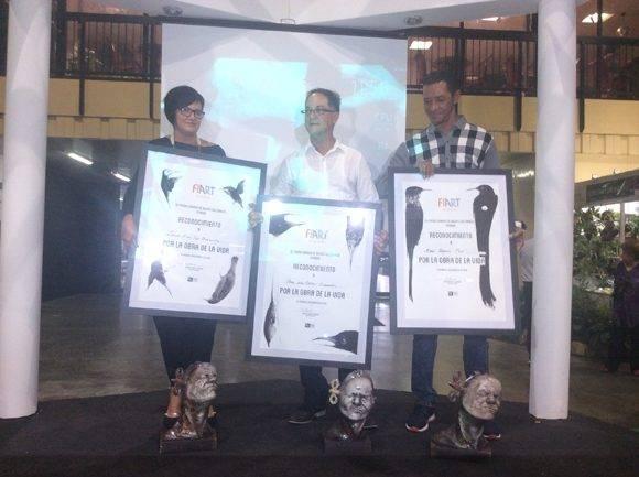 Entrega del Premio por la Obra de la Vida en FIART 2016. Foto: María del Carmen Ramón/ Cubadebate.