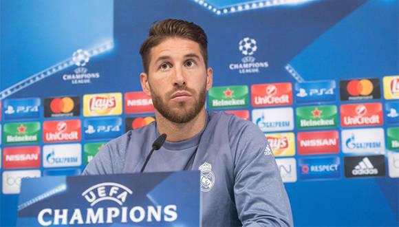 Sergio Ramos, del Real Madrid, durante una conferencia de prensa previa al partido de Liga de Campeones del miércoles contra el Borussia Dortmund. Foto: AFP.