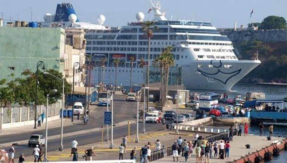 Al cierre de 2016 podrán haber arribado a Cuba cerca de 3 800 000 visitantes. Foto: Cortesía del Mintur/ Granma.