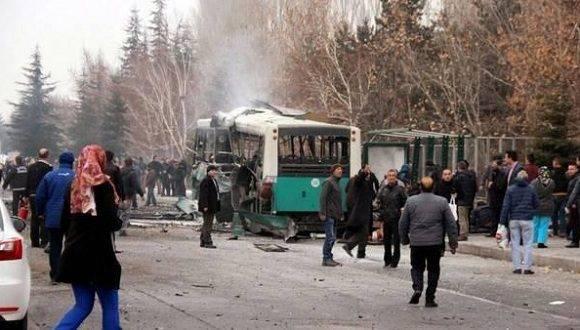 La explosión dejó 13 soldados muertos y 48 heridos. Foto: Agencias.