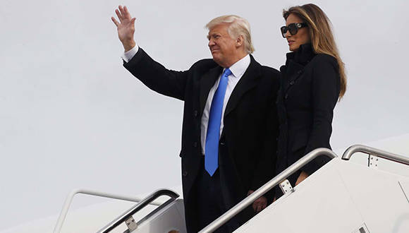 Trump aterrizó en la base aérea de Andrews (Maryland), a las afueras de Washington. Foto: Sipse