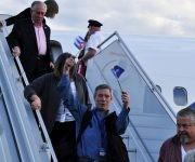 Viajero provenientes de EE.UU. llegan a La Habana en el primer vuelo de Alaska Airlines a Cuba. Foto: Roberto Garaycoa/ Cubadebate.