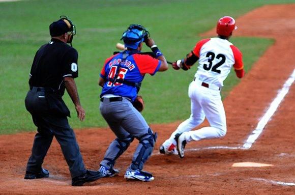 Víctor Víctor Mesa firmó otro buen partido. Foto: Katheryn Felipe/Cubadebate.