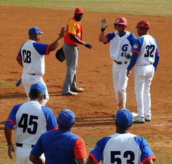 Manduley llegó a mil hits. Foto: Katheryn Felipe/Cubadebate