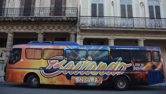 """""""Bailando en Cuba"""" sale al aire el domingo en la noche por Cubavisión. Foto: @bailandoencuba/ Facebook."""
