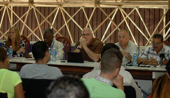 conferencia-de-prensa-inder-expocuba-2