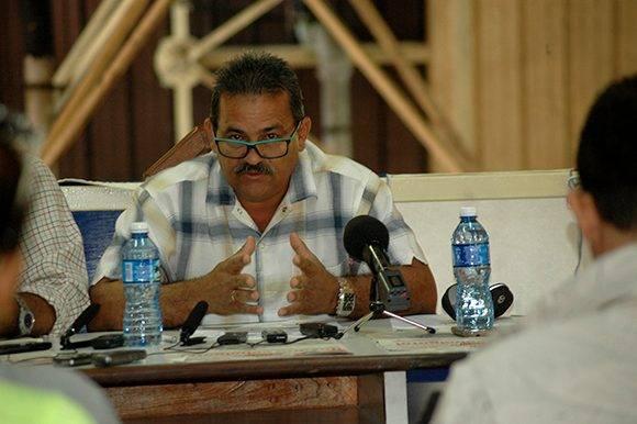 conferencia-de-prensa-inder-expocuba-5