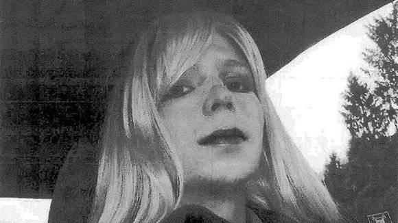 Bradley Manning cambió su nombre a Chelsea e inició un proceso de cambio de sexo. Además llevó a cabo dos intentos de suicidio estando en la cárcel. Foto: Reuters.